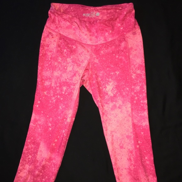c114ff334a Women's OLD NAVY Active Wear Crop workout pants